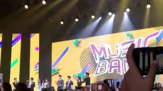Video 170902 MUSIC BANK IN JAKARTA Trow Kok Ball to Fans MP3, 3GP, MP4, WEBM, AVI, FLV Desember 2017