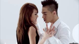 No copyright infringement All credits to YGentertainment Love Dara (L)