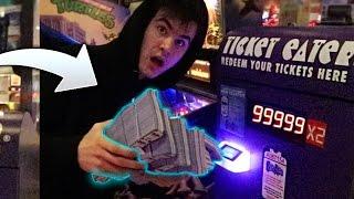 TURN 1 TICKET TO 100000 TICKETS AT ARCADE! *CRACK HACK* | David Vlas