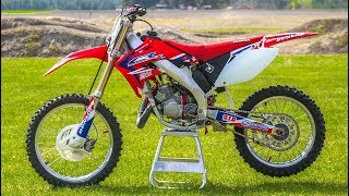 Video Secrets To Keeping Your Dirt Bike Looking New! MP3, 3GP, MP4, WEBM, AVI, FLV Januari 2019