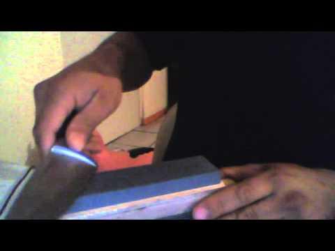 Cómo afilar cuchillo con una taza