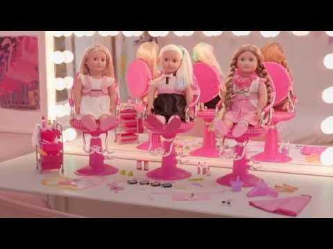 Smyths Toys - Hair Play Salon And Dolls