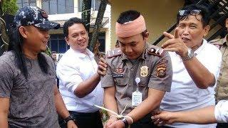 Video 'Anak Kapolda' Ditangkap Polisi Usai Kencan dengan Puluhan Wanita, Pangkatnya 'Ipda' MP3, 3GP, MP4, WEBM, AVI, FLV September 2019