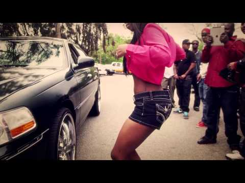 TeeFlii & Cali Swag Distict - Twerk It (2013)