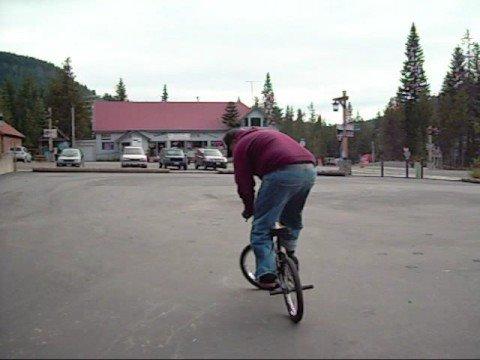 MOUNTAINOUS BMX FLATLAND OLD SCHOOL STYLE (видео)