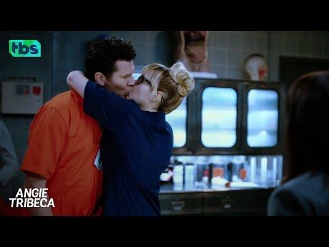 Angie Tribeca Season 3 (Promo 'This Season')