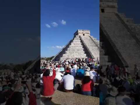 El descenso de Kukulcán en Chichén Itzá