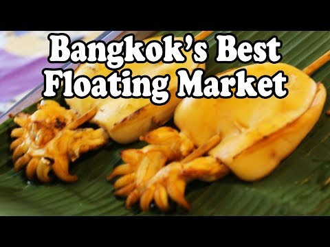 Thai Street Food at Khlong Lat Mayom Floating Market in Bangkok Thailand
