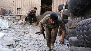 شاهد... كيف تمكنت الفصائل المقاتلة من انتزاع عدة مواقع في حي المنشية