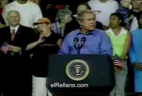 我懷疑你是賓拉登的手下,竟然在總統面前做出超乎常人的舉動!