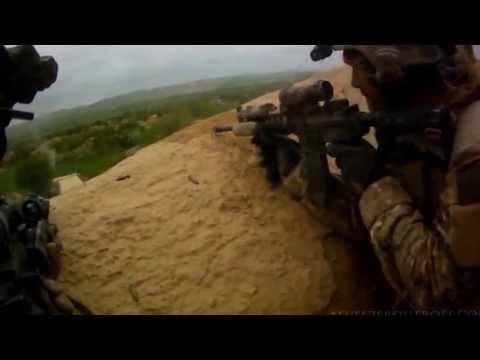 Forças Especiais - Combate entre as Forças Especiais Americanas e Taliban. Créditos a Funker350.