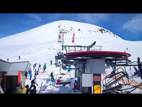At least 8 injured when ski lift malfunctions (видео)