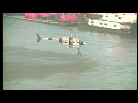 Amazing footage - Press helicopter rescues suicidal man from Mississippi river, keeps falling off