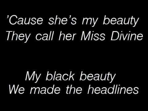Tekst piosenki Motley Crue - Beauty po polsku