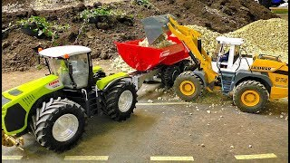 Video AMAZING RC CONSTRUCTION SITE WITH FASCINATING MODEL MACHINES IN MOTION MP3, 3GP, MP4, WEBM, AVI, FLV Desember 2018