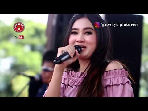 Video NELLA KHARISMA - BOJO GALAK - OM LAGISTA LIVE SMAN 1 NGLAMES MADIUN download in MP3, 3GP, MP4, WEBM, AVI, FLV January 2017