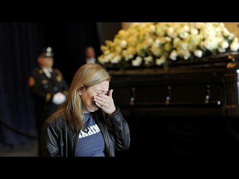 ΗΠΑ: Σε λαϊκό προσκύνημα η σορός της Νάνσυ Ρέιγκαν