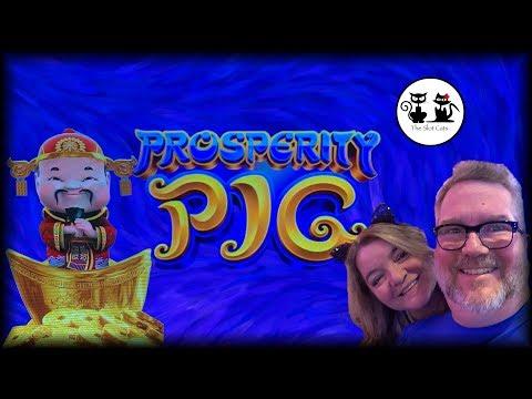 Prosperity Pig 🐷 Fu•Dao•Le 🏮👶🏼👶🏽🏮