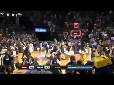 Rudy Gay (Of Memphis Grizzlies) hits a buzzer shot over Lebron James!