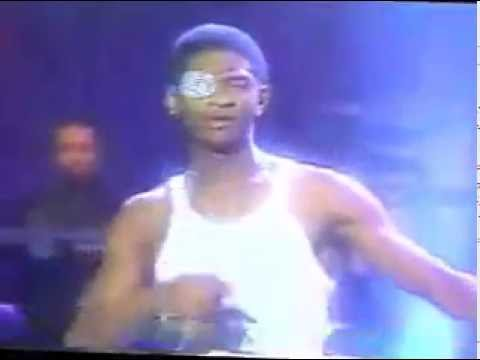 Usher Nice & Slow Live on VIBE 1998