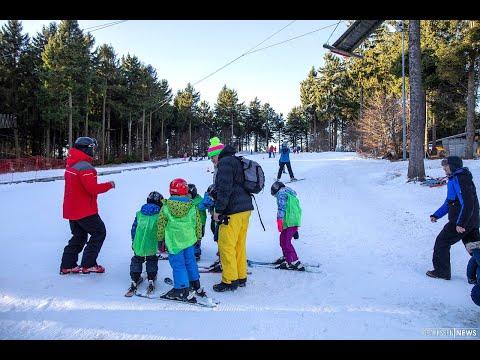 """Kunstschnee macht es möglich - Wintersportler testen """"Zauberteppich"""""""