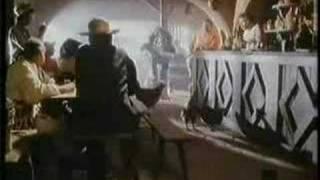 Phileas Fogg - Potato Chips - Mi Familia Pobre - UK Advert