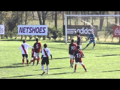 Encuentro intercolegial de fútbol en Ezeiza