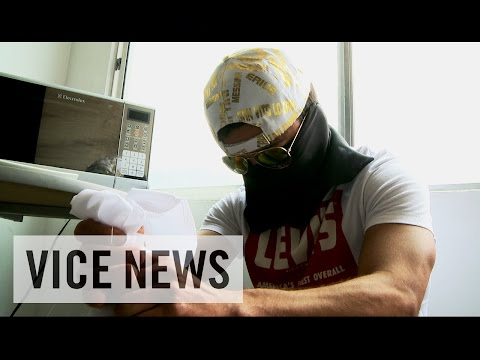 Empire - Subscribe to VICE News here: http://bit.ly/Subscribe-to-VICE-News In Colombia, the heirs to Pablo Escobar's drug empire are conducting business as usual — though with a somewhat lower profile....