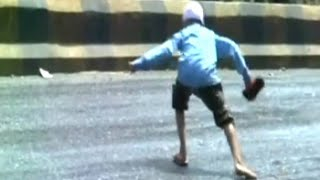 Caught on Camera : A dangerous, melting road in Gujarat