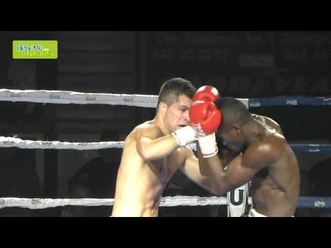 Velada Anaitasuna kickboxing combate 4 cámara lenta