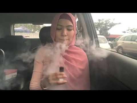 Video Arabic Girl Sisha or Rings in car download in MP3, 3GP, MP4, WEBM, AVI, FLV January 2017