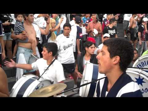 QuilmesAC Vs Tigre - Entrada de la Banda - Indios Kilmes - Quilmes