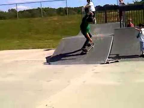 Skateboarding session at frank lorino