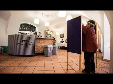 Τσεχία: Διχασμένη η κοινωνία