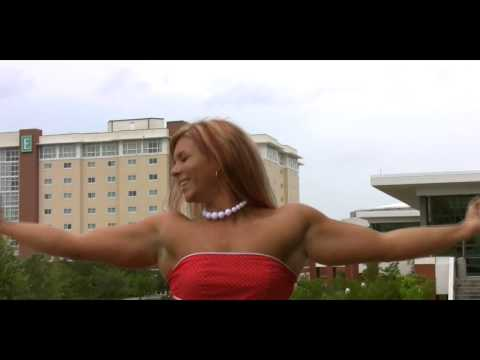Thick Pumped Muscle Girl flexing her 17 inch biceps