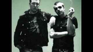 Addicted To Love (Robert Palmer cover) - Eagles of Death Metal
