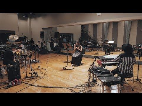 , title : 'Aimer「コイワズライ」スタジオ ライブ リハーサル (new album『Sun Dance』『Penny Rain』now on sale) FULL'