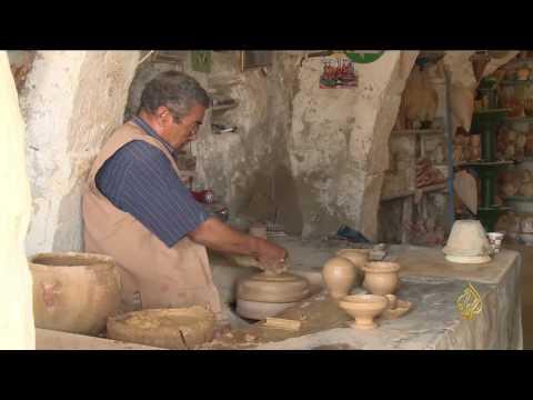 العرب اليوم - شاهد: جولة في مدينة قلالة داخل جزيرة جربة