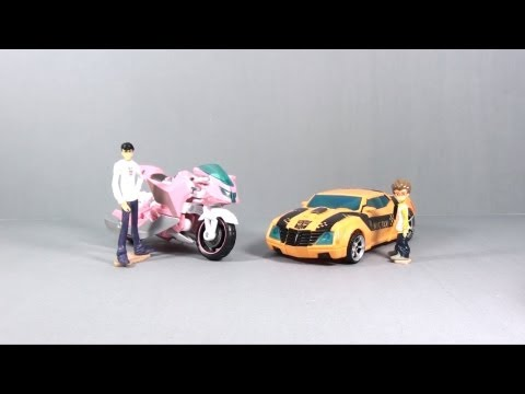 Transformers Prime - optibotimus Video Review of the 2011 NYCC Exclusive Transformers: Prime Bumblebee and Arcee Discuss transformers online at http://www.fullmetalhero.com, and ...