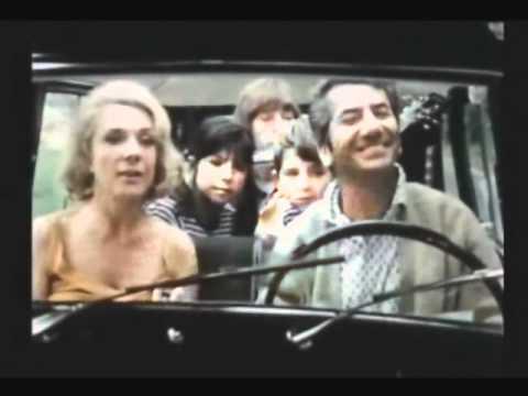 """Renault 4 - 1966 Parisienne dans """"Les Saintes Chéries"""" (13)"""