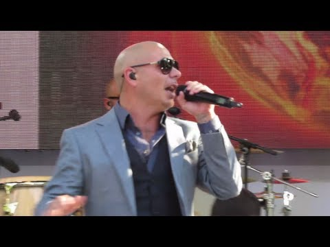 """(Live Video) Pitbull ft Danny Mercer """"Outta Nowhere"""" GMA Concert at Central Park"""