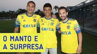 Os bastidores da descoberta da nova camisa 3 do Mengão---------------Seja sócio-torcedor do Flamengo: http://bit.ly/1QtIgYl---------------Inscreva-se no canal oficial do Flamengo. Vídeos todos os dias.--- Subscribe at Flamengo channel, a 40-million-fans nation. Join us!