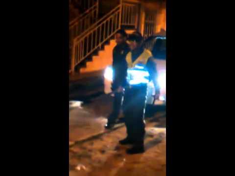 Denuncian que policías del CAI trinidad golpearon a un joven con un bastón de mando