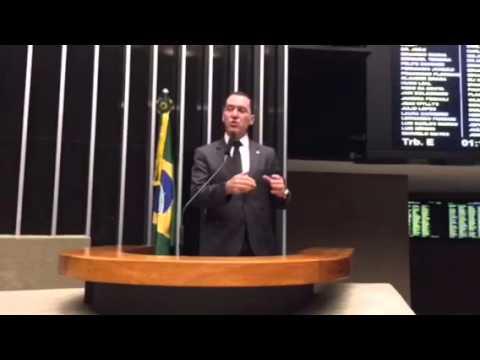 Para o prefeito Eduardo Paes, ser pobre é uma desgraça.