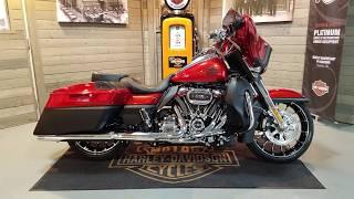 10. 2018 Harley Davidson CVO Street Glide Special FLHXSE in orange lava & black denim