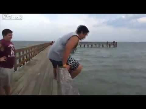 Zmeraj preveri globino vode preden skočiš!!!