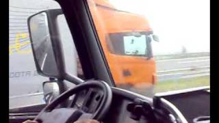Download Lagu Volvo FH 440 vs Scania ??? Mp3