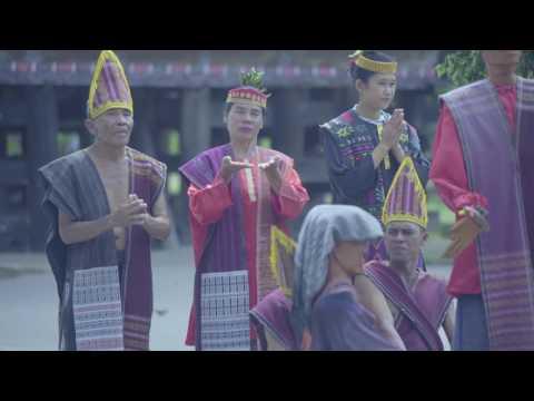 PESONA INDONESIA DESA TUKTUKSIADONG