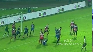 Video AREMA VS MADURA 1 1 BERLANGSUNG RICUH MP3, 3GP, MP4, WEBM, AVI, FLV Juni 2018