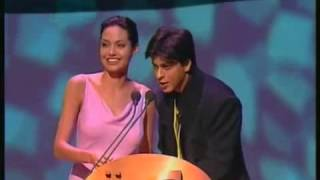 Nonton IIFA 2000 Shahrukh Khan & Angelina Jolie share the stage as co-presenters Film Subtitle Indonesia Streaming Movie Download